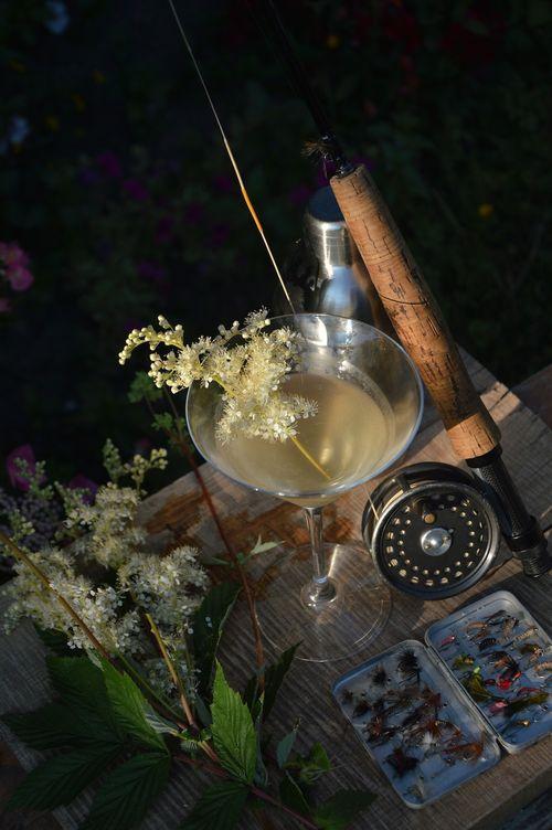 Meadowsweet martini